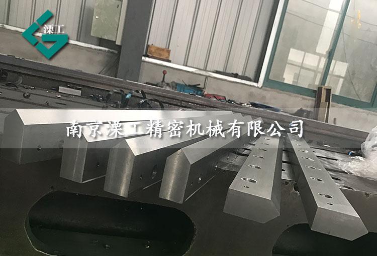 悬臂吊机械手直线555彩票网网站